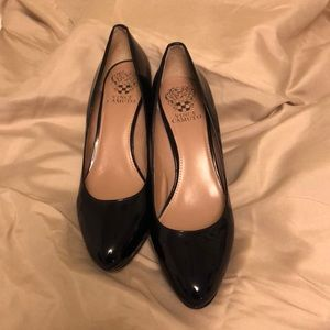 New no box Navy blue patent Vince Camuto